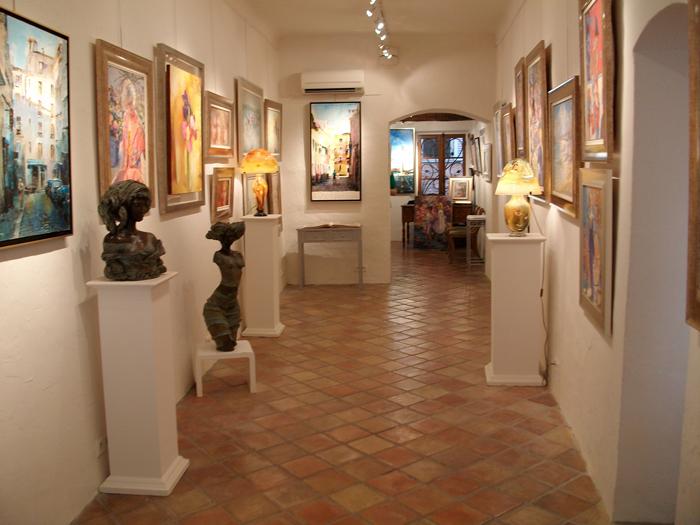 La Galerie Mougins Art Prestige, vue de l'intérieur